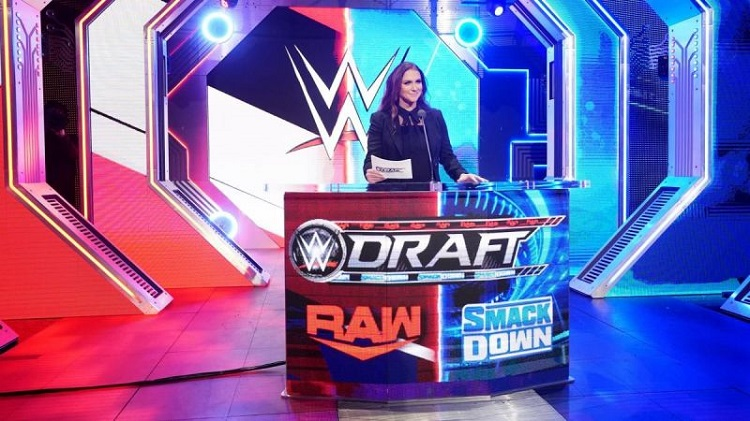 5 big mistakes WWE made on SmackDown's Draft